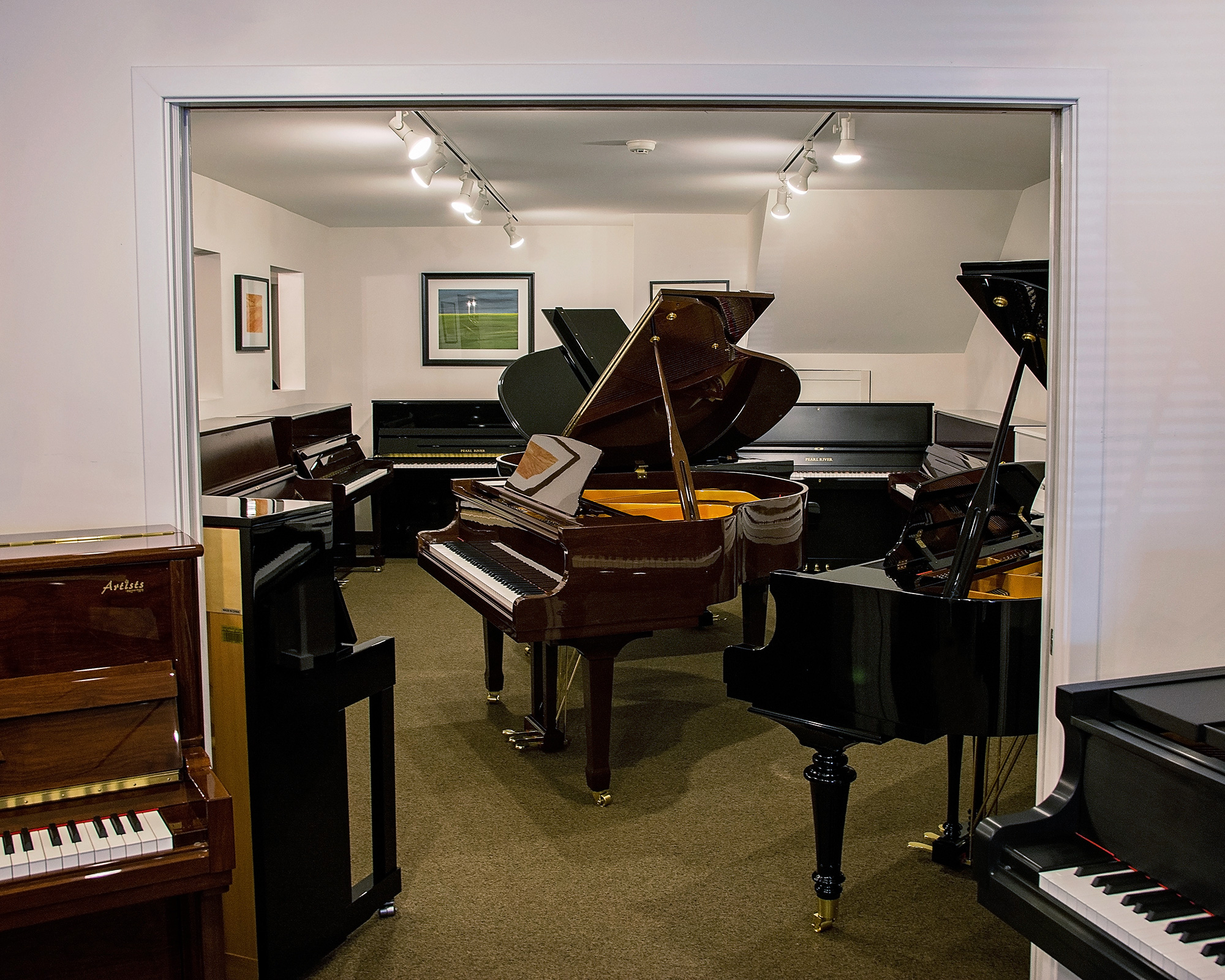 piano-showroom-2