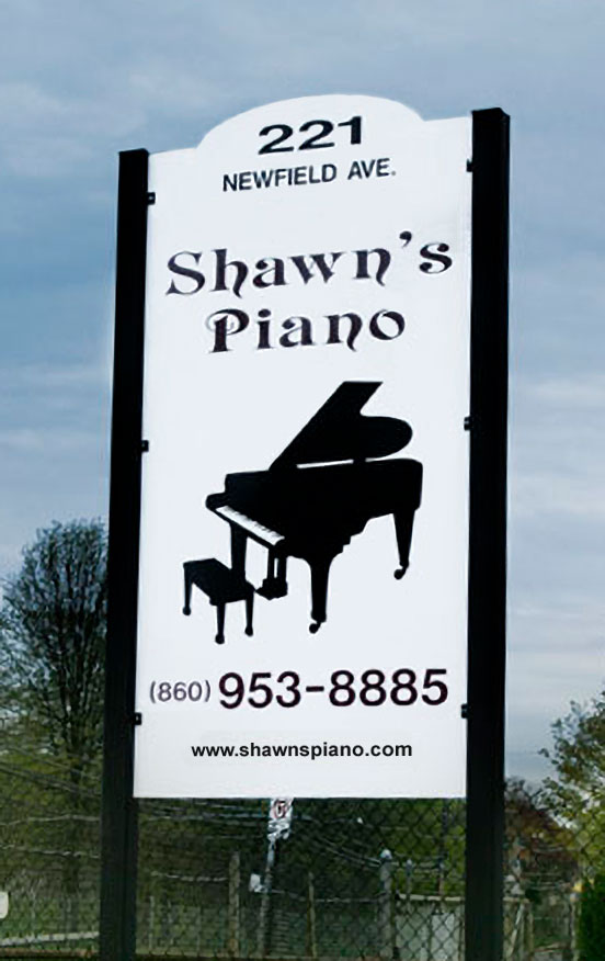 A picture of the original Shaw's Piano storefront.
